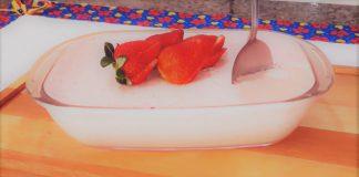 Mousse de morango fruta