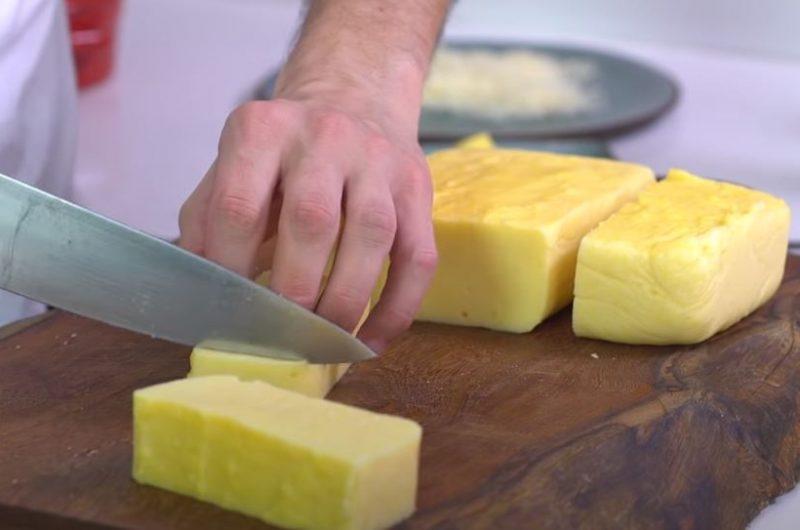 Cortando a polenta