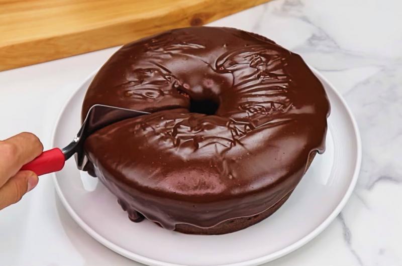 Calda de chocolate p/ bolo