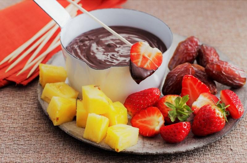 Fondue de Chocolate com Frutas
